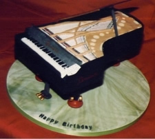 piano birthday cake
